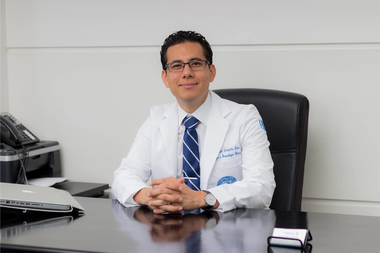 Dr. Juan Pablo Carrizales